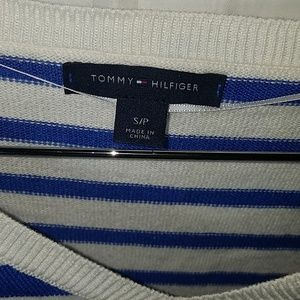 Tommy Hilfiger Sweaters - TOMMY HILFIHER  SWEATER SLEEVES 3/4 NWOT
